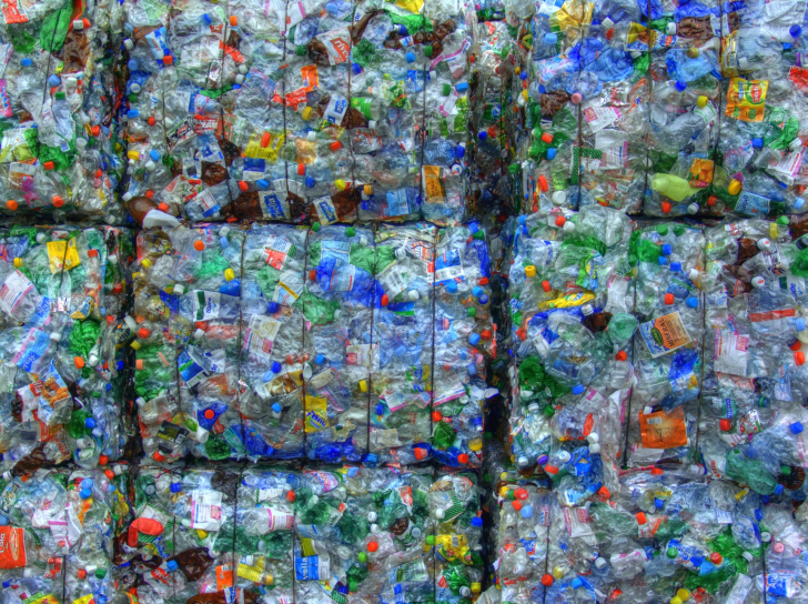 PET-Recycling Feusi Bern Schweiz